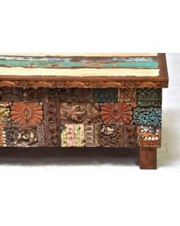 Stará dřevěná truhla z teakového dřeva, ruční řezby, 120x60x46cm