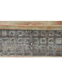 Truhla z teakového dřeva, železné kování, zelená patina, 120x62x46cm
