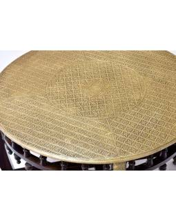 Stoleček a 4 židličky z palisandrového dřeva zdobené mosazí