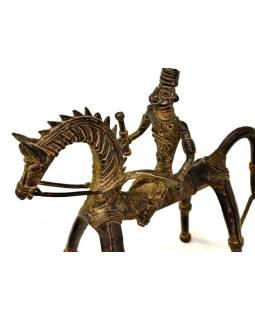 Jezdec na koni, mosazná soška, tribal art, 23x9x20cm