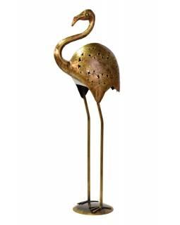 Svícen ve tvaru plameňáka, kov, mosazná patina, 30x14x75cm