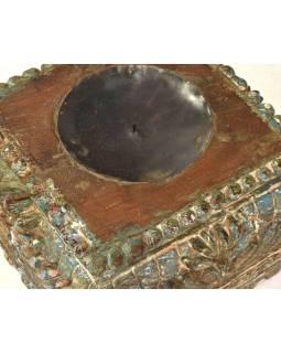 Svícen vyrobený z hlavice starého teakového sloupu, 24x24x14cm