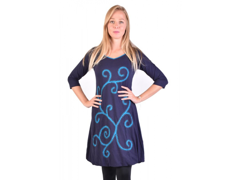 Krátké tmavě modré šaty s 3/4 rukávem