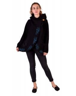 Černý kabát s kapucí zapínaný na knoflík, květinová výšivka