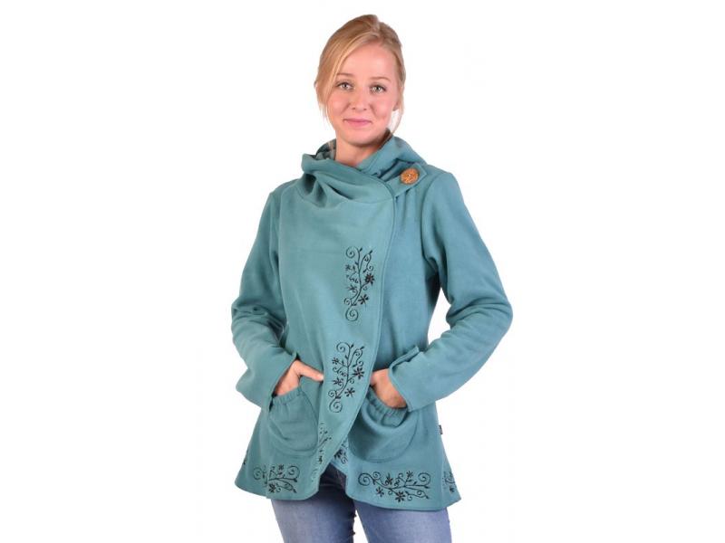 Zelený kabát s kapucí zapínaný na knoflík, květinová výšivka