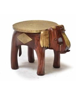 Stolička ve tvaru slona zdobená mosazným kováním, 40x30x30cm