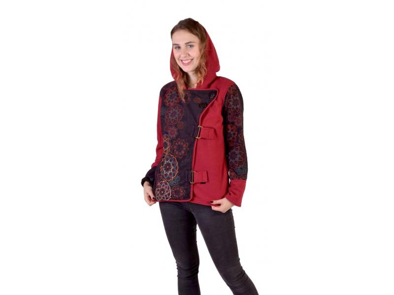 Krátký fleecový kabátek s kapucí, vínový, zapínaní na zip, potisk a výšivka mand