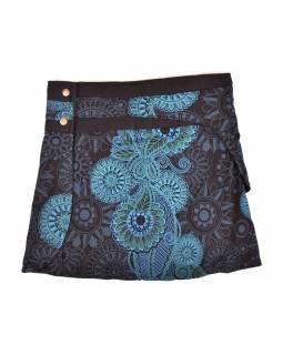 Krátká černá sukně zapínaná na patentky, kapsa, paisley print
