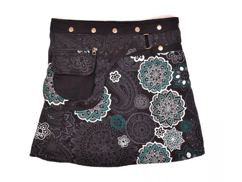 Krátká fleecová sukně zapínaná na patentky, Mandala design, černo-bílá, kapsa