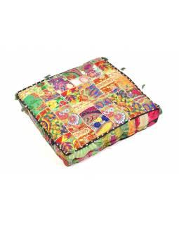 "Sedák, ""Ruff Box Gradhi"", čtverec, patchwork, 60x60x12cm"