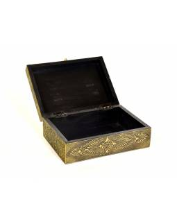Dřevěná ozdobná krabička (šperkovnice), mosazné kování, 25x18x10cm