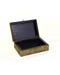 Dřevěná ozdobná krabička (šperkovnice), mosazné kování, 20x14x7cm