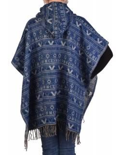 Barevné pončo s kapucí a třásněmi, vzor mini aztec, modrá