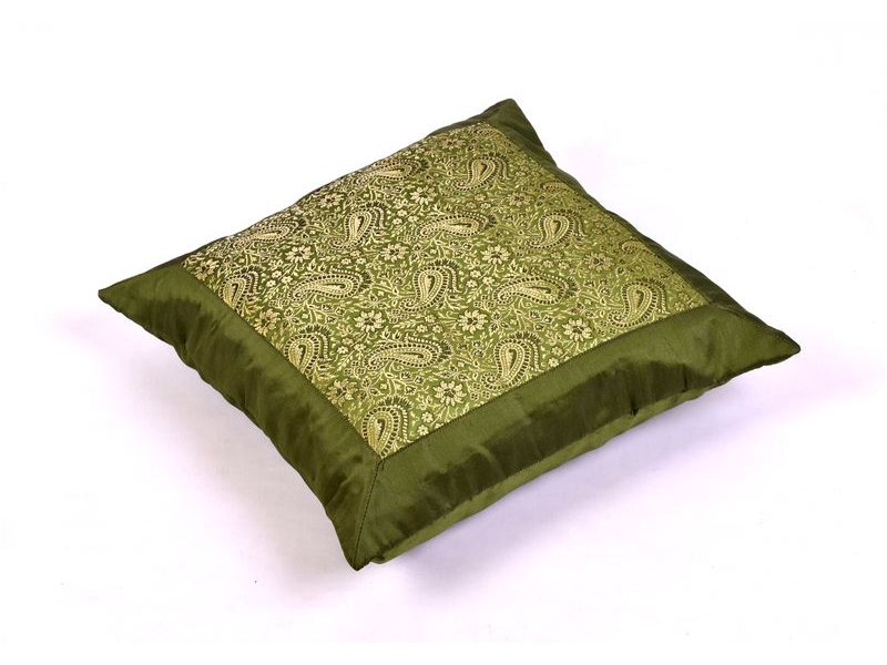 Zelený saténový povlak na polštář s výšivkou paisley, zip, 40x40cm