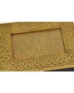 Dřevěná krabička s mosazným kováním, sloni 19x13x5cm