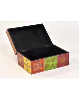 Ručně malovaná dřevěná skříňka, 23x16x11cm