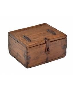Stará truhlička z teakového dřeva, 17x15x9cm