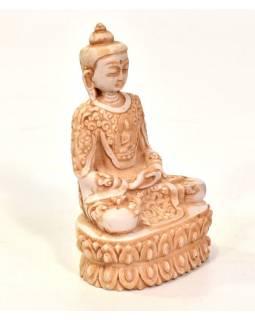 Buddha, sedící, bílý, bohatě zdobené roucho,  pryskyřice, 13cm