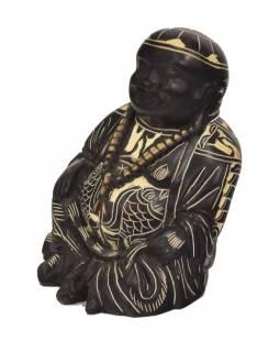 Soška smějící se Buddha, ručně vyřezávaný, pryskyřice