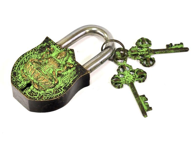 Visací zámek, Lakšmí, zelená mosaz, dva klíče ve tvaru dorje, 11cm