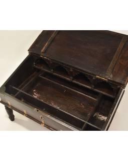 Starý kupecký stolek z teakového dřeva, 60x46x35cm