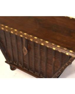 Stará dřevěná truhla z teakového dřeva, 93x54x54, 95x51x55cm