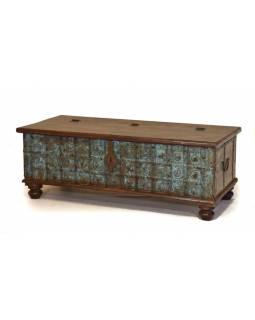 Truhla z teakového dřeva, železné kování, zelená patina, 130x61x47cm