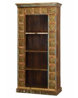 Knihovna z teakového dřeva zdobená reliéfy Buddhů, 88x40x180cm