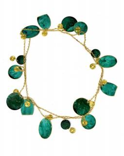Dlouhý náhrdelník se zelenými a zlatými kolečky, zlatý kov