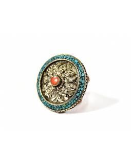 Masivní prsten vykládaný pohodrahokamy, tibetský design, ruční práce vel.59