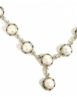 Stříbrný náhrdelník vykládaný perlami, karabinka, délka cca 46cm, AG 925/1000