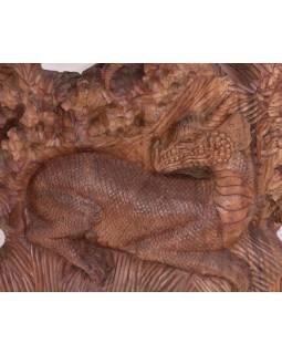 Draci vyřezaní ze dřeva, ruční práce, dřevo suar, 56x100cm