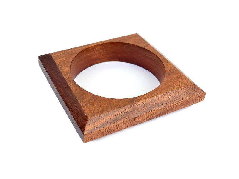 Náramek - dřevo, čtverec
