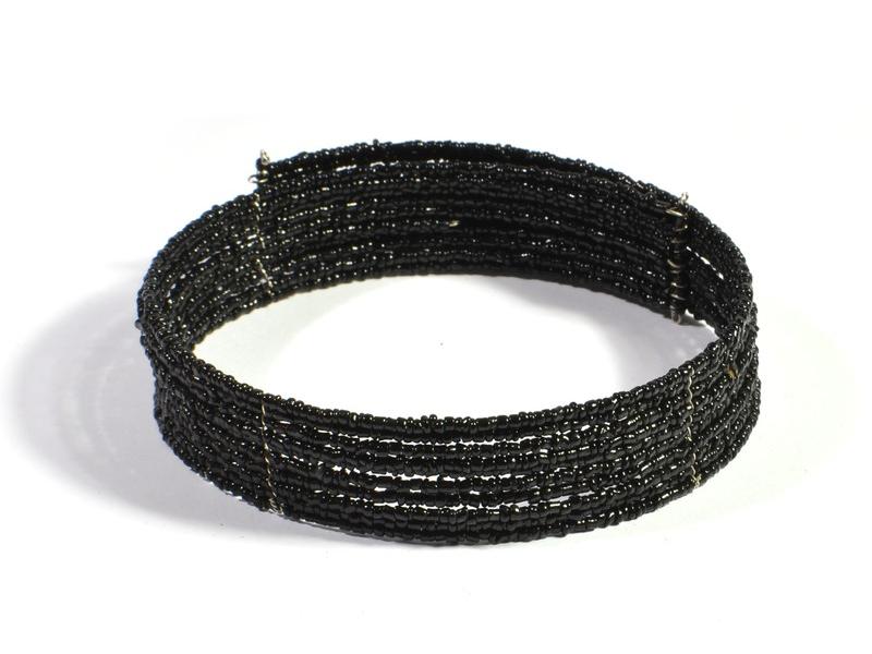 Kruhový náhrdelník ze skleněných korálků, 10 řad, černý