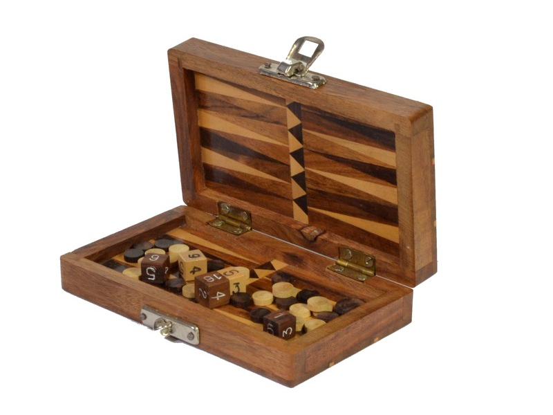 Dřevěný Backgammon na cesty, 15x10x3,5cm