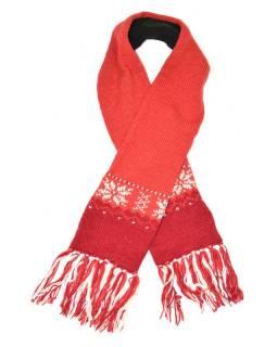 Červená vlněná šála s jemným designem vloček a třásněmi