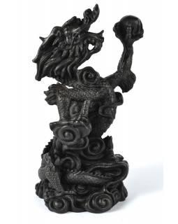 Drak s plamennou koulí, černý, bohatě zdoben, pryskyřice, 21cm