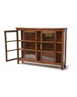 Prosklená skříň se vyrobená z teakového dřeva, 154x34x116cm
