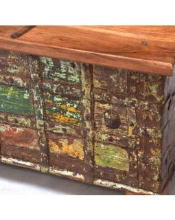 Truhla z teakového dřeva, železné kování, 130x76x46cm