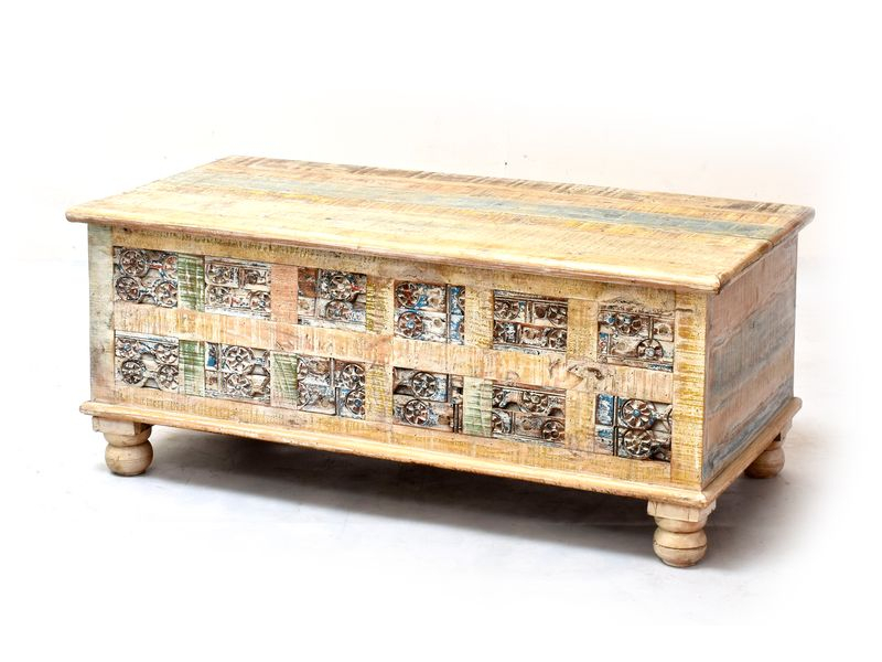 Truhla z teakového dřeva zdobená ručními řezbami, bílá patina, 120x58x50cm