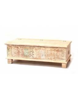 Dřevěná truhla z mangového dřeva zdobená starými řezbami, 146x40x46cm