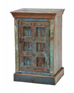 Skříňka z tekového dřeva s původními dvířky, 58x44x88cm