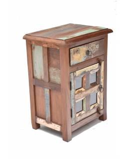 """Noční stolek v """"GOA"""" stylu z teakového dřeva, 45x33x60cm"""
