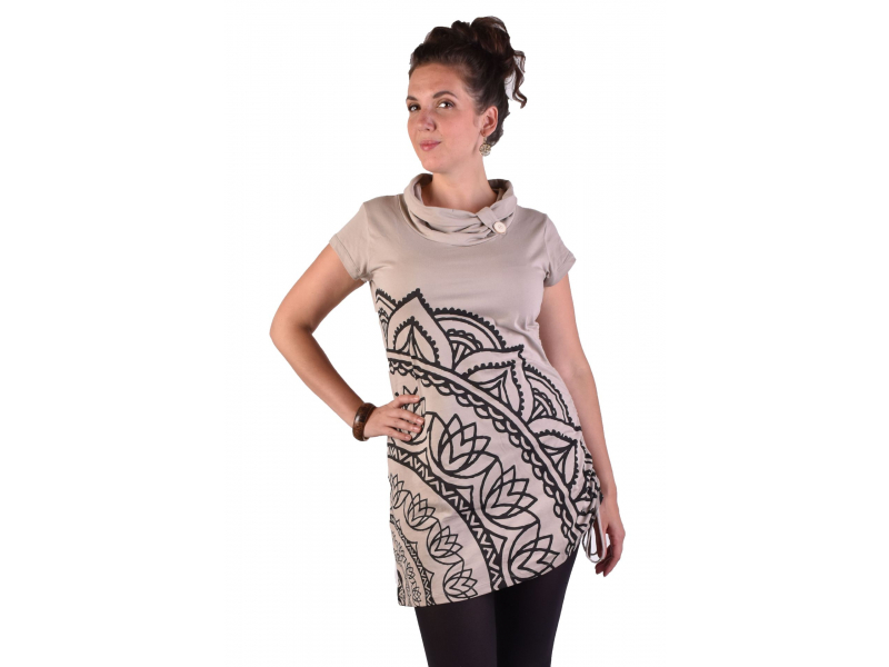 Dlouhé béžové tričko s krátkým rukávem, potisk Mandala, límec