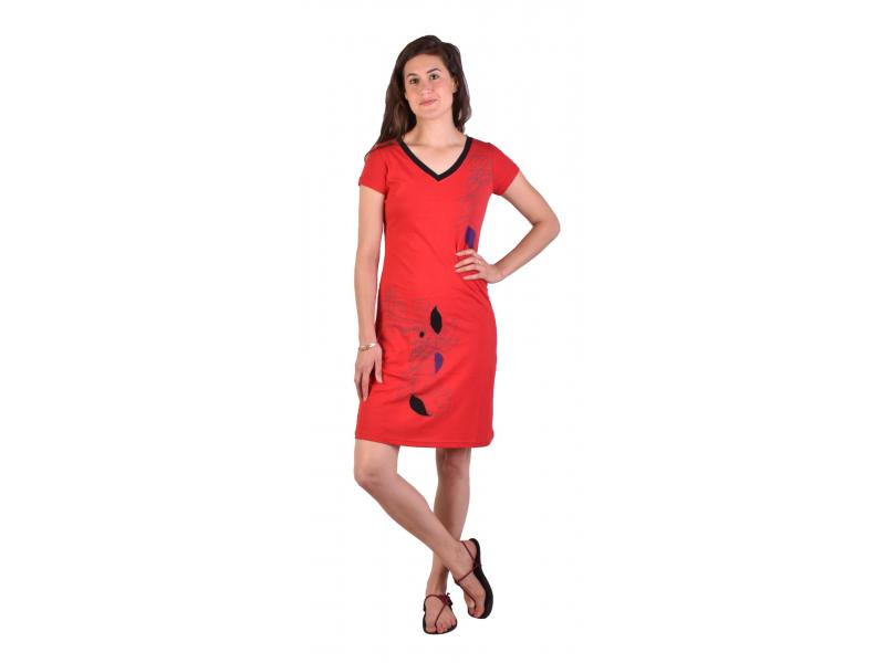 Krátké červené šaty krátký rukáv, potisk
