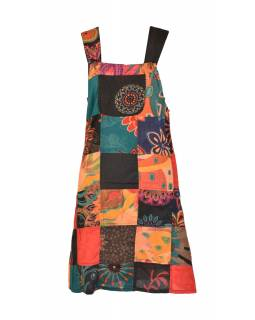 Krátké šaty s laclem a kapsou, multibarevný patchwork, stonewash