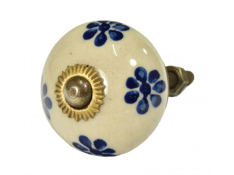 Malované porcelánové madlo na šuplík, bílé, modré malované květiny, průměr 3,7cm