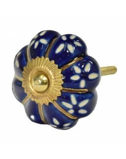Malovaná porcelánová úchytka na šuplík, modrá, zlaté paprsky a bílá květy, 4,5cm