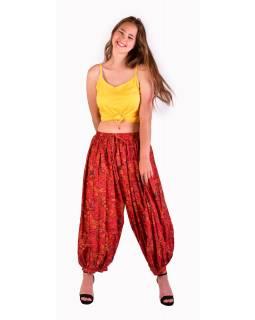 Balónové pohodlné volné kalhoty, červené s barevným s paisley potiskem