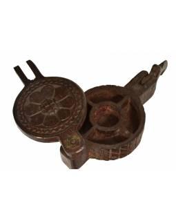 Krabička na Tiku, antik, teakové dřevo, ručně vyřezaná, 12x21x11cm